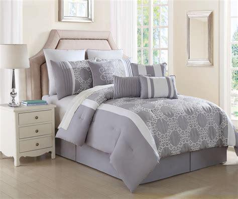 feather pillows king size white comforter white comforter with white
