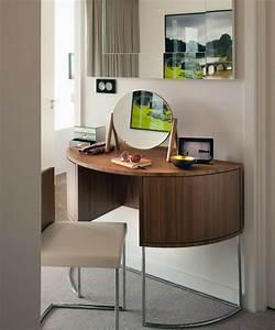 Coiffeuse Pour Chambre : le meuble coiffeuse design 21 propositions ~ Teatrodelosmanantiales.com Idées de Décoration