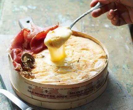 cuisiner mont d or cuisiner le mont d or 28 images les fromages de