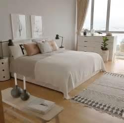 schlafzimmer ideen best 20 grey bedrooms ideas on grey room grey bedrooms and pink and grey bedding
