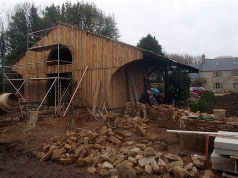 bureau m騁al et bois charpentier traditionnel pan de bois bretagne 29