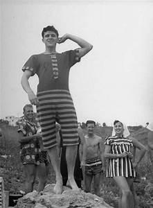 Vintage Men's Bathing Suits   Drawing poses   Pinterest