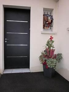 Decoration De Porte : d corer son entr e pour no l la bonne porte ~ Teatrodelosmanantiales.com Idées de Décoration