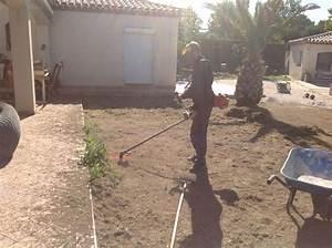 Comment Poser Du Gazon Synthétique : comment poser du gazon synth tique sur de la terre gazon et pelouse synth tiques marseille ~ Nature-et-papiers.com Idées de Décoration