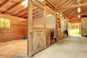 horse barn features that make life easier saratoga stalls With best wood for horse stalls