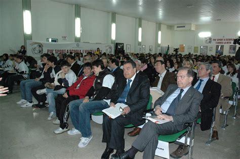 Ufficio Scolastico Ragusa - pi 249 sport a scuola e vince la vita