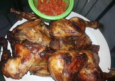 Menu ayam goreng ini bisa kamu sajikan untuk makan malam yang simpel. Resep Ayam Goreng Bumbu Bacem oleh Herlina Widi Artanti ...