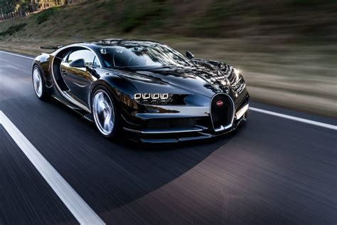 Official 2017 Bugatti Chiron Gtspirit