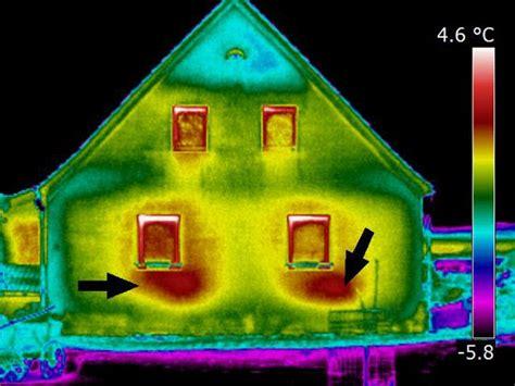 Thermografie So Machen Sie Waermeverluste Am Haus Sichtbar by Thermografie Entlarvt Typische Schwachstellen Energie