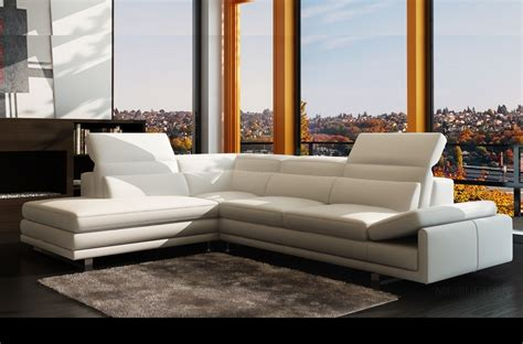 canap de couleur canapé d 39 angle en cuir italien 6 7 places izen blanc