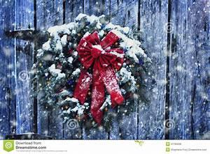 Rustic Christmas Wreath Stock Photo - Image: 47785609