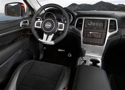 jeep grand cherokee srt  interior jeep enthusiast