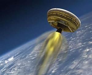 wordlessTech   NASA tests 'Flying Saucer' Mars lander