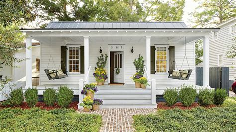 stunning southern living cottage plans ideas tiny porches and patios that are giving us major