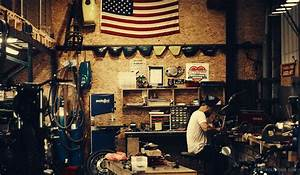 Garage Moto Paris : an american in paris creates custom bike heaven custom motorcycles custom bikes and ~ Medecine-chirurgie-esthetiques.com Avis de Voitures