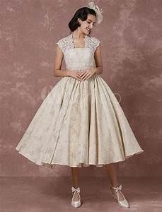 short wedding dress lace champagne vintage bridal dress With champagne lace short wedding dress