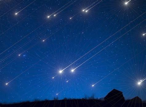 Bei uns gibt es die geballte kompetenz der 30. Sternschnuppennacht 2018: Wann sieht man die Leoniden ...