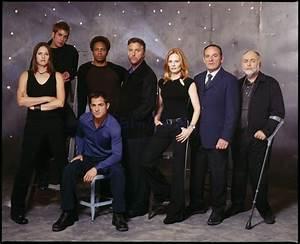 Serie Las Vegas : csi las vegas cast group shots and tv series on pinterest ~ Yasmunasinghe.com Haus und Dekorationen