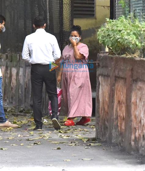 Photos: Bharti Singh leaves from judicial custody ...