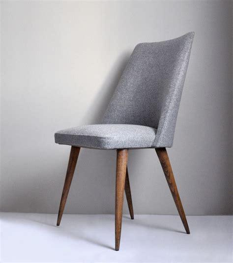 image of chaise grise ées 60 héritage shop chairs