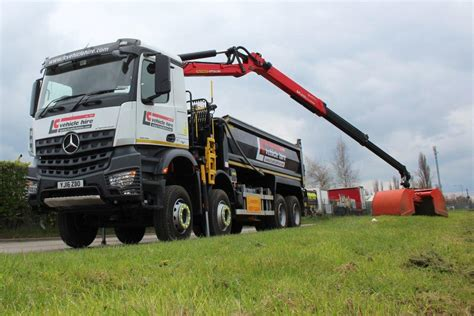 lc vehicle hire mercedes arocs  tipper grab