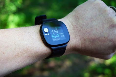 Asus VivoWatch BP is a fitness tracker and blood pressure