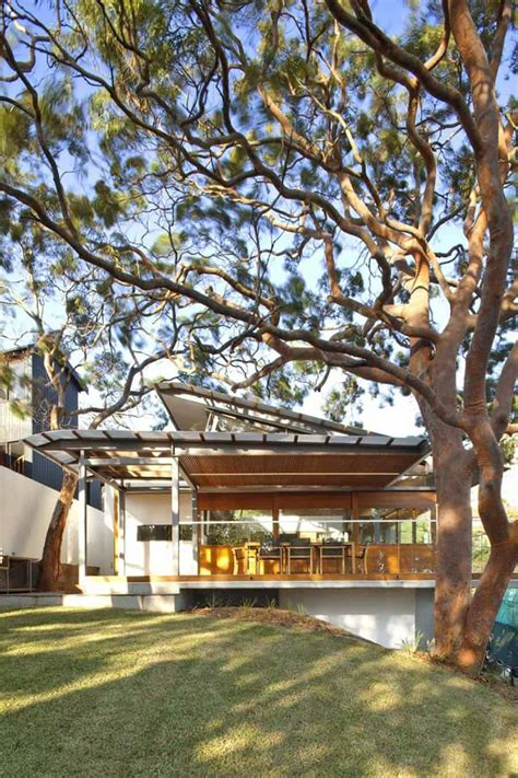 aussie escarpment house  angled roof  wavy ceiling