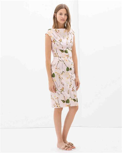 1471 zara flower twisted dress 20 to make you a best dressed guest at a summer