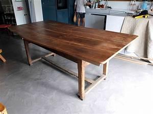 Table En Noyer : plateau de table de s jour en noyer massif ~ Teatrodelosmanantiales.com Idées de Décoration