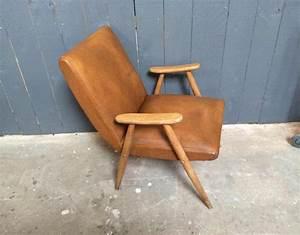 Fauteuil Vintage Scandinave : fauteuil vintage design scandinave ~ Dode.kayakingforconservation.com Idées de Décoration