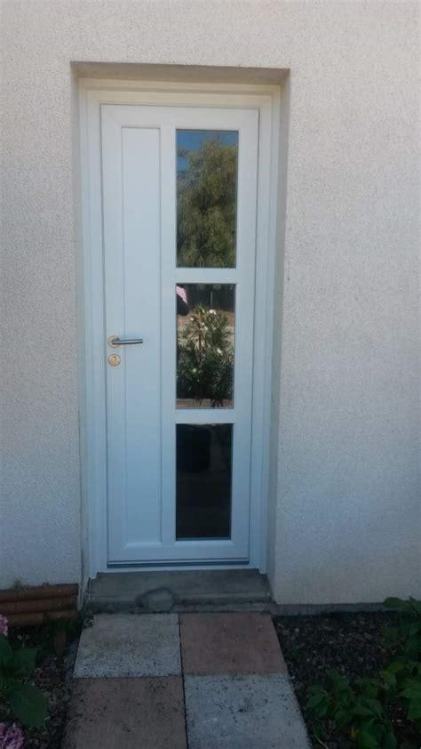 pose de porte d entr 233 e pvc blanc en r 233 novation 224 pessac eco concept habitat