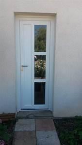 pose de porte d39entree pvc blanc en renovation a pessac With pose de porte d entree