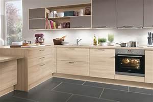 cuisine en bois chene le bois chez vous With idee couleur escalier bois 6 meuble cuisine bois gris le bois chez vous