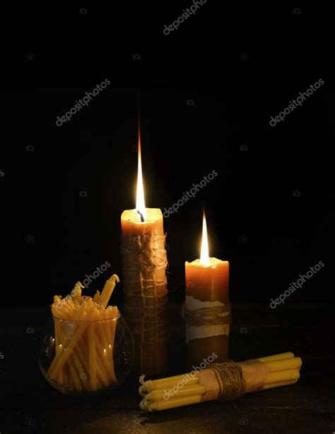 Immagini Candele Accese by Antiche Candele Accese Foto Stock 169 Samiramay 74270431