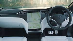 The Tesla Model S, the best electric car in 2020. (Updated)