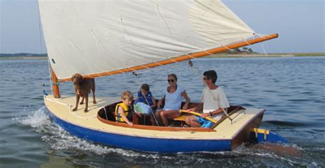 Cat Boats For Sale Long Island by Classic Cat Catboat Baybird Gaff Sloop And Hurricane Gaff