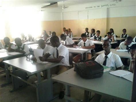 liberia    students benefit   school