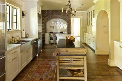 Spruce Kitchen Island with Limestone Countertop - Country