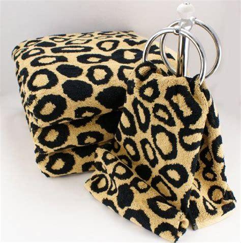 Animal Print Bathroom Ideas by Decorating A Leopard Print Bathroom Ideas And