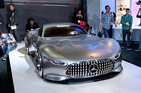 mercedes benz amg vision gran turismo concept  stunning