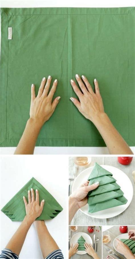 pliage serviette sapin de noel sp 233 cial no 235 l ce pliage de serviette en forme de sapin