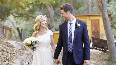 The Office's Angela Kinsey Is Married!