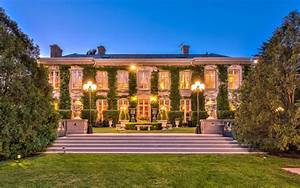 10 000 Square Foot French Inspired Mansion In Lake Forest