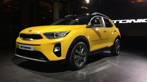 crossover cars 2018 2018 kia stonic subcompact crossover debuts in the metal