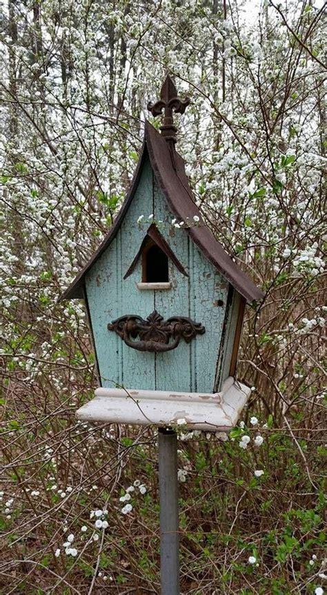 birdhouse   farmhouse beadboardat birdhouse