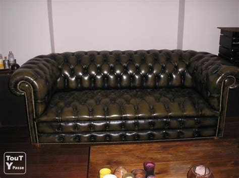 canapé type chesterfield canape chesterfield