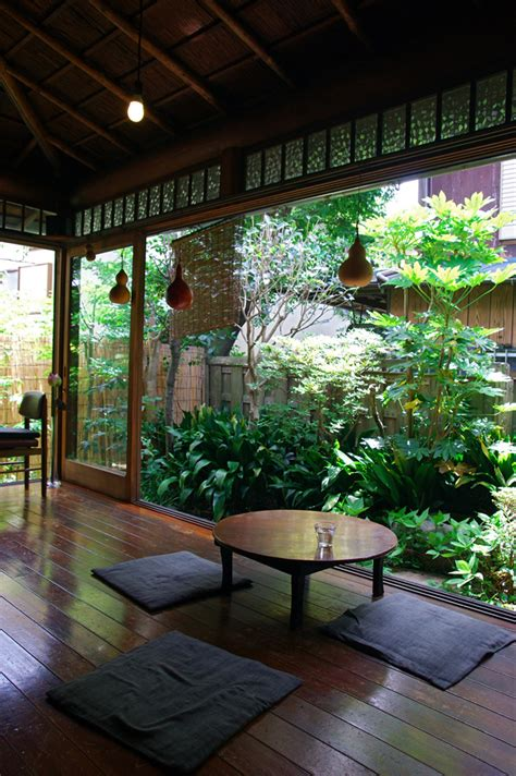 japanese gardening in small spaces small space japanese garden japanese garden ideas pinterest