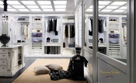 High End Walkin Closet Design For Large Room Classic