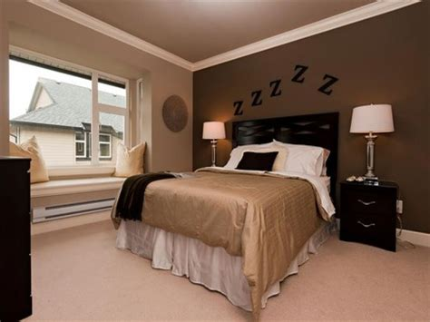 bedroom chocolate brown walls pictures decorations