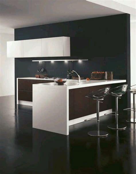 cocina  barra  espacios pequenos diseno interior